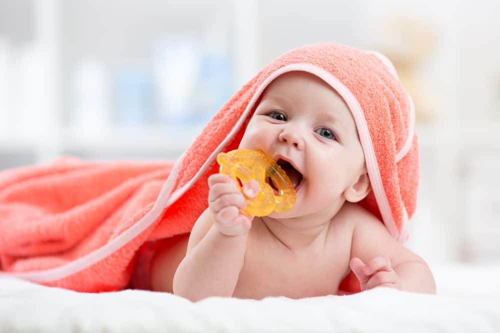 a baby teething